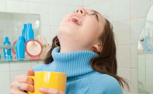 Рецепты полосканий горла при ангине, фитотерапия