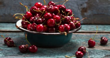 Польза вишни для организма