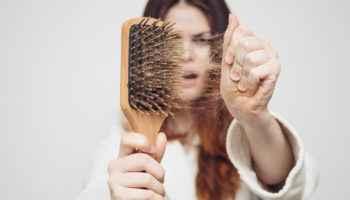 Выпадение волос, причины и что делать