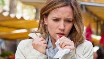 Сухой и влажный кашель у взрослых и детей: лечение, профилактика