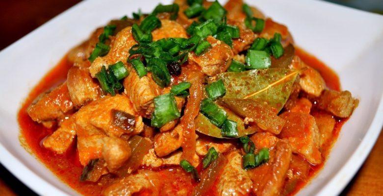 Азу по-татарски с солеными огурцами без картофеля из свинины рецепт